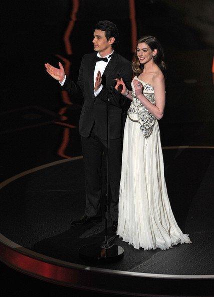 Foto de El mejor look de la semana está capitaneado por los vestidos de los Oscar. Elige a la que más te guste (1/6)