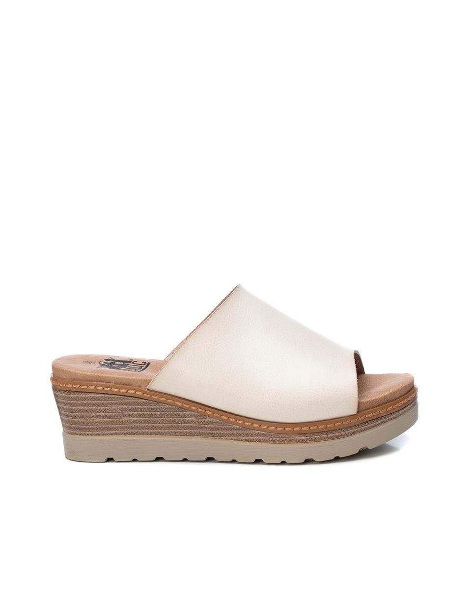 Sandalias de cuña de mujer Xti color blanco con suela antideslizante