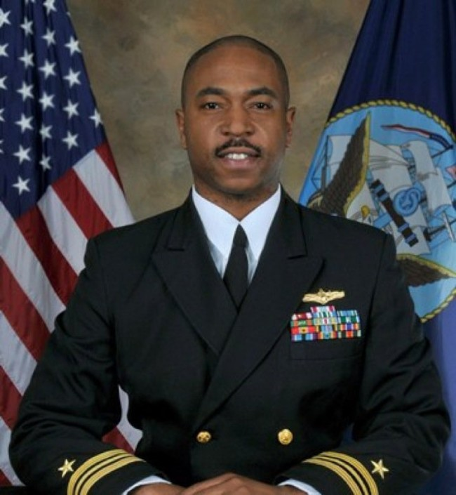 Theodore Johnson, de la Armada a Harvard