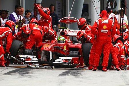 Una tuerca frenó a Felipe Massa en boxes