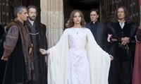 'Isabel' reina en audiencia mientras consolida su historia