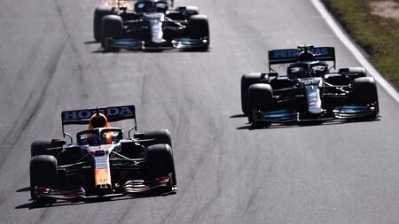 Verstappen Bottas Zandvoort F1 2021