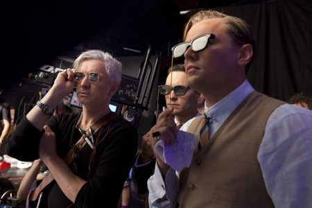 Luhrmann, Maguire y DiCaprio comprueban el efecto tridimensional durante el rodaje