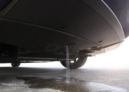 Toyota Mirai expulsando agua