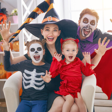 17 juegos y juguetes terroríficamente divertidos para que los niños disfruten en Halloween