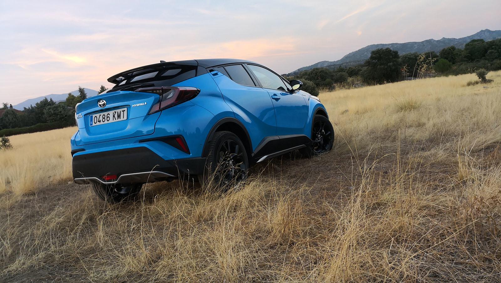 Foto de Toyota C-HR Dynamic Plus - Fotos exteriores (8/30)