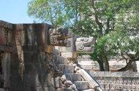 Por la conservación y rescate de la cultura maya