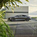 El futuro del Audi A8 ya está aquí: un salón de lujo eléctrico con 750 km de autonomía, 721 CV y un tiesto