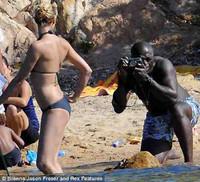 Heidi Klum posa en bikini para Seal
