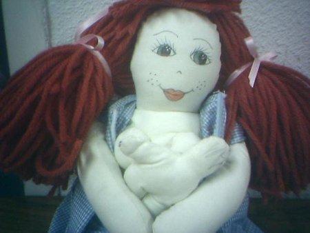 Muñeca de lactancia natural