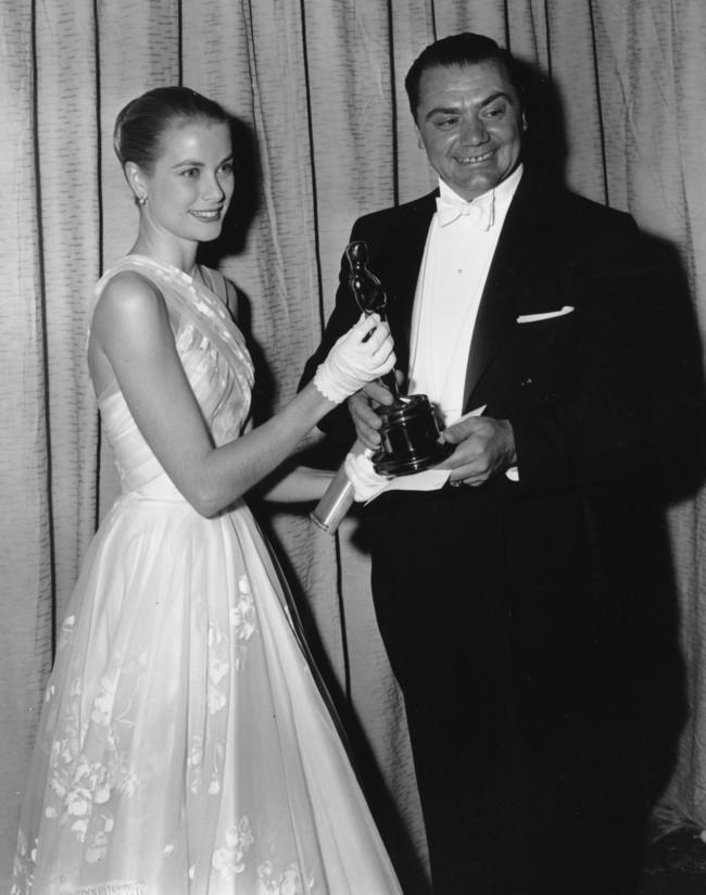 Grace Kelly 1956 Con Un Vestido De Edith Head