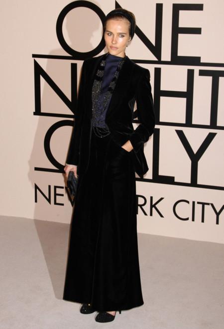 Isabel Lucas en la fiesta One Night Only de Giorgio Armani en Nueva York, Octubre 2013