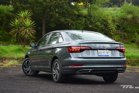 Volkswagen Jetta 2019 3