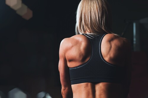 Consigue una espalda grande con el TRX: cinco ejercicios que no te pueden faltar