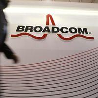 Broadcom no renuncia a hacerse con Qualcomm y elevará su puja a 120.000 millones de dólares, según Reuters