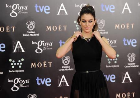 Blanca Suárez de negro y con transparencias para ser la más sexy de los Premios Goya 2014