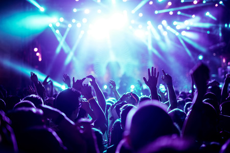 Somos músicos famosos, tenemos millones de seguidores y no hemos sacado ni un solo disco
