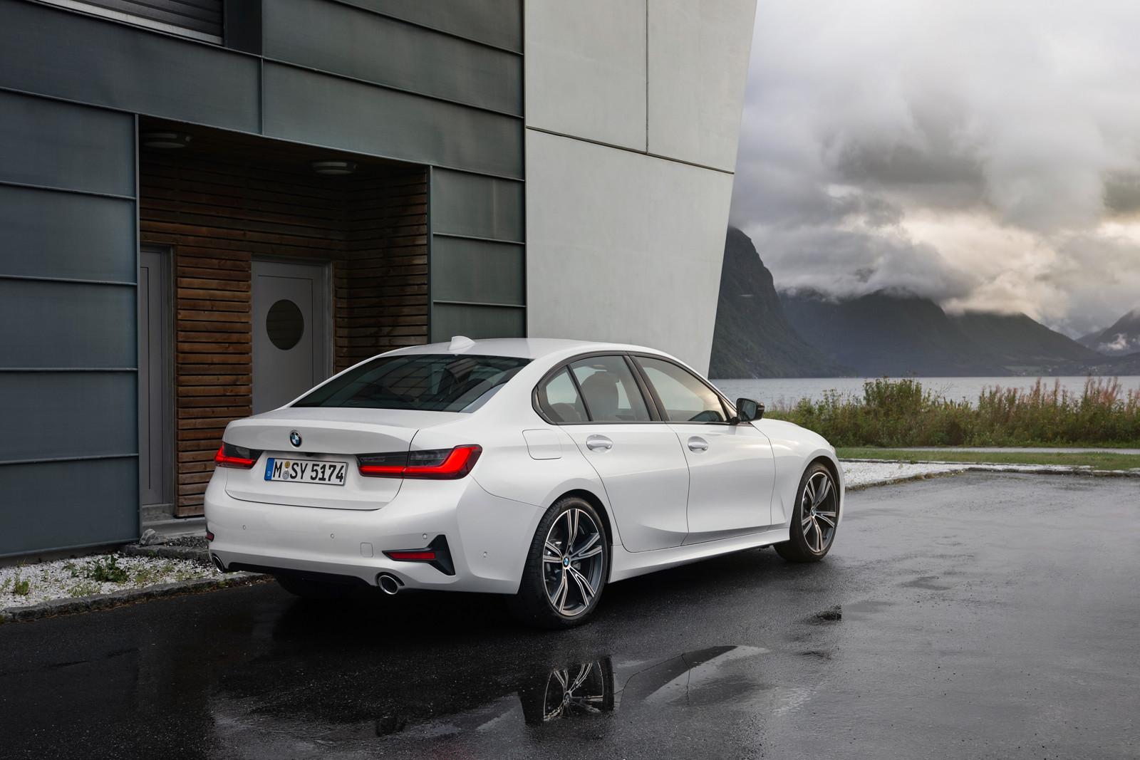 Foto de BMW Serie 3 2019 (64/131)