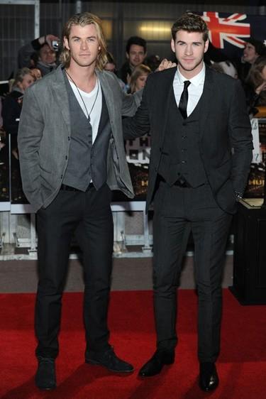 El estilo de Liam y Chris Hemsworth, en el estreno de 'Los Juegos del Hambre'
