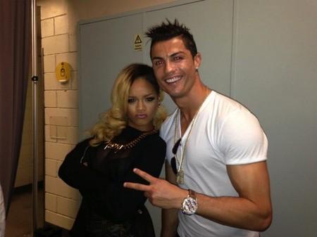 Que pierda tu selección da menos pena si te consuela Rihanna, ¿verdad, Cristiano?