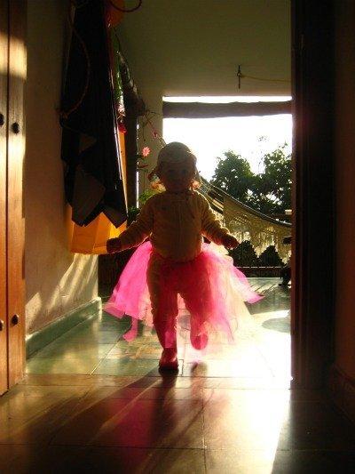 La foto de tu bebé: la dulce May estrena tutú