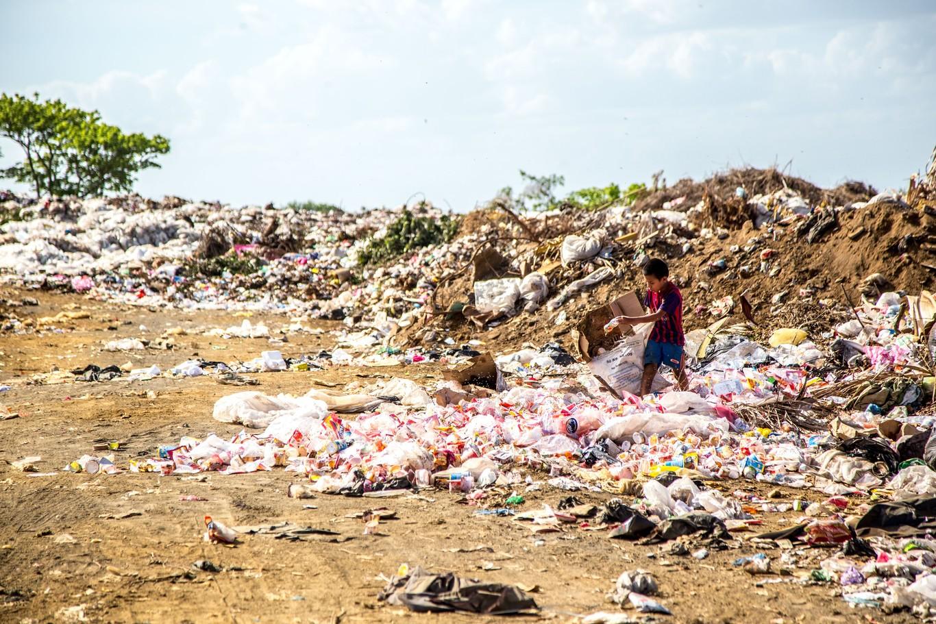 China se ha hartado de ser el vertedero del mundo y eso nos lleva la mayor crisis internacional de residuos que se recuerda