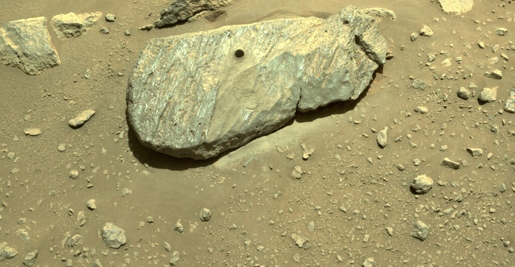 Marte tuvo agua líquida en el pasado: el primer análisis de las muestras de roca tomadas por Perseverance refuerzan la teoría 1024_2000