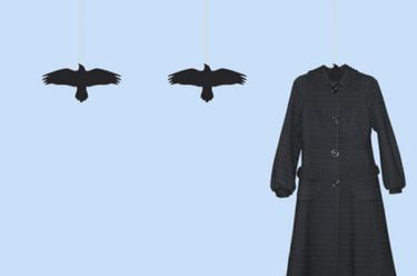 Originales perchas con forma de cuervo