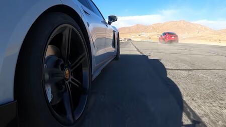 Porsche Taycan Drag Race Tesla Model Y