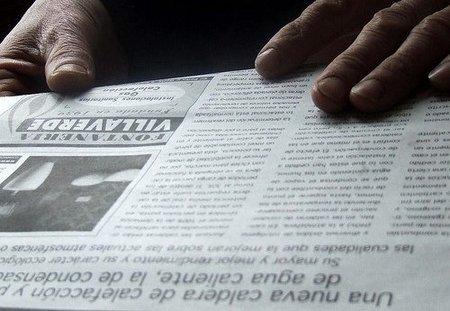 Los parados deberían leer la prensa durante 7 horas al día