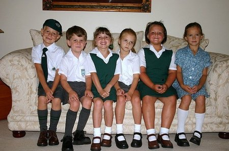 Se reabre el debate acerca de los uniformes escolares en Catalunya