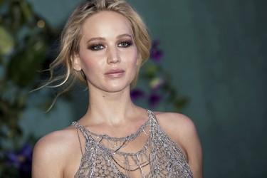 El día que Jennifer Lawrence nos dejó con la boca abierta con su impresionante vestido red