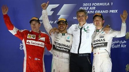 Gran Premio de Bahrein: Hamilton gana, Raikkonen y Rosberg brindan espectáculo