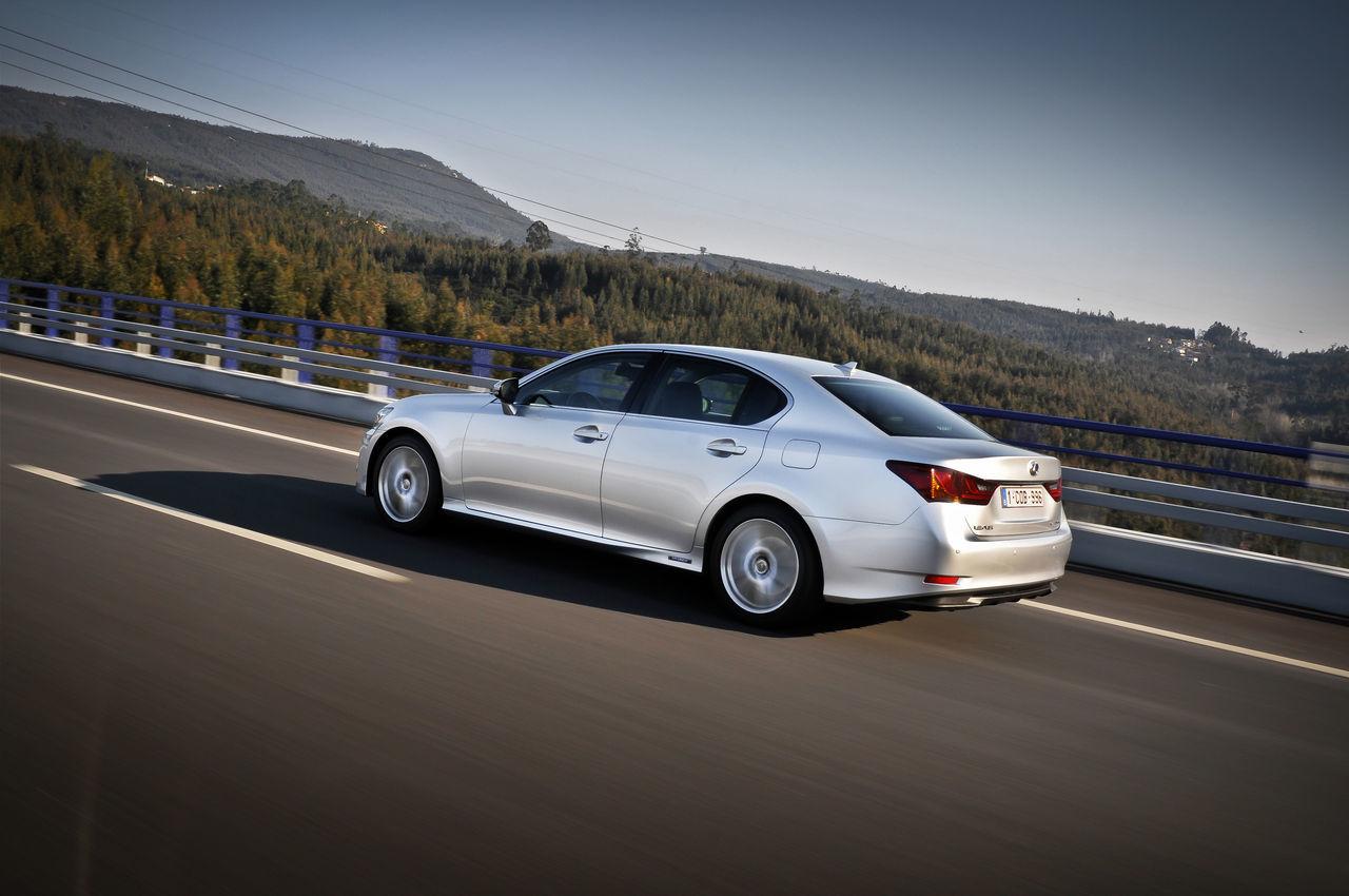 Foto de Lexus GS 450h (2012) (24/62)
