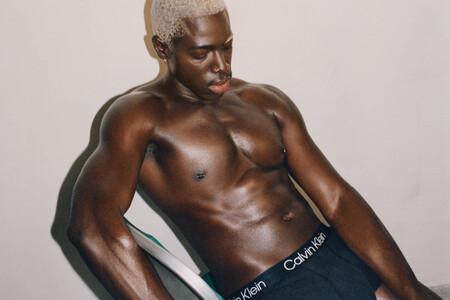 El Otono De Calvin Klein Celebra La Comodidad Desde El Interior Con Su Nueva Campana 3