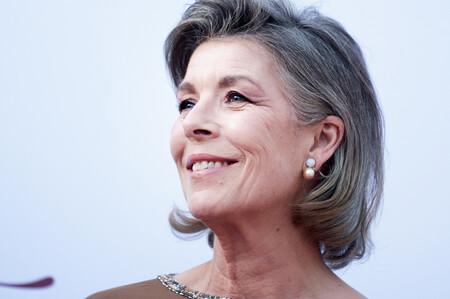 Tres veces que Carolina de Mónaco lució el pelo gris y demostró lo sofisticadas que pueden ser las canas