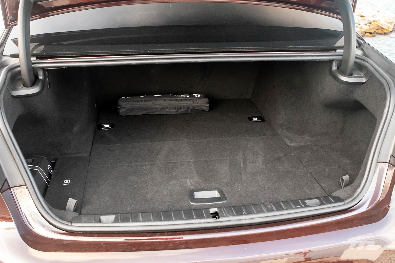 Foto de BMW 745Le 2020 prueba contacto (17/18)