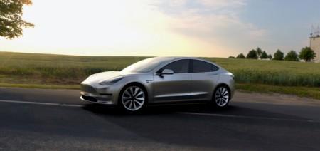 Tesla Model 3 4
