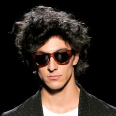 Foto 17 de 20 de la galería cortes-de-pelo-para-la-primavera-2012-los-pienados-de-pasarela-i en Trendencias Hombre