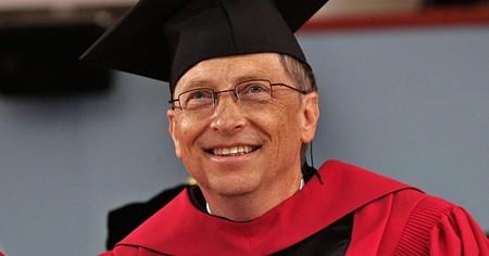 Los consejos de Bill Gates para los recién graduados (y el libro que, según él, mejor explica el mundo actual)