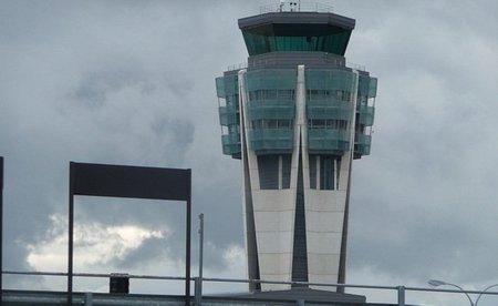 El aeropuerto de Santiago estrena ofertas en el parking