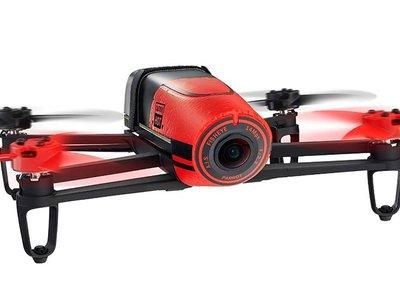 Si buscas un dron, el Parrot Bebop puede ser tuyo por 299 euros en eBay