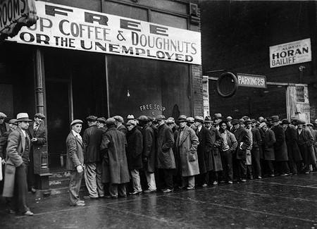 Y los aranceles de Trump para fortalecer la industria de EEUU... Están destruyendo empleo allí