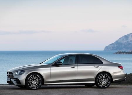 Mercedes Benz E Class 2021 1600 06