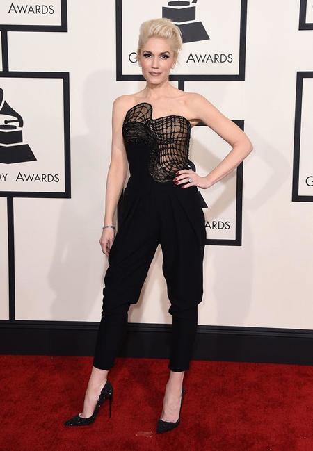Gwen Stefani Grammy Look 1