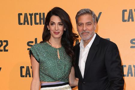 El look de invitada más transgresor viene de manos de Amal Clooney y un crop-top de lentejuelas