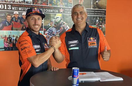 Tony Cairoli buscará su décima corona de MXGP con KTM, pero esta vez renovado por sólo un año