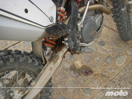 KTM perdida de aceite