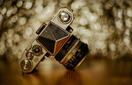 Nikon celebra los 60 años de la mítica Nikon F con varios productos exclusivos de merchandising para coleccionistas