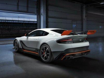 Coge el babero y escucha al Aston Martin Vantage GT12 en Nürburgring